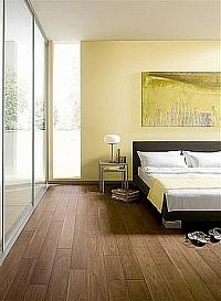 Laminátová podlaha borovice 1