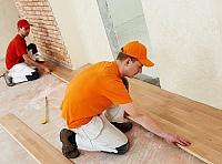 lepení dřevěných podlah 1