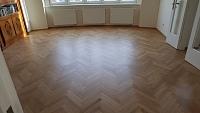 Náter na dřevěnou podlahu lak 1