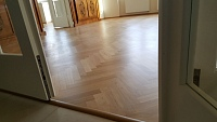 Nátěr na dřevěnou podlahu olej 3