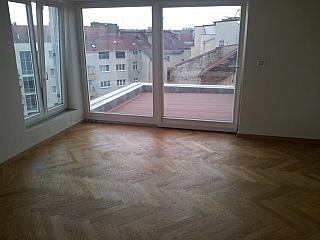 Pokládka dvouvrstvých podlah