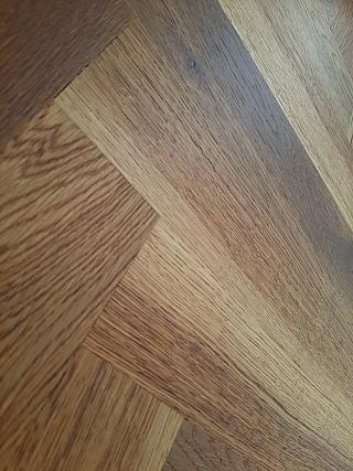 Kartáčování dřevěné podlahy 4