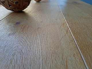 Kartáčování dřevěné podlahy 3