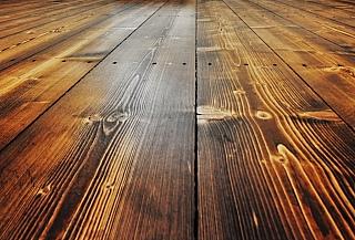 Kartáčování dřevěné podlahy 6