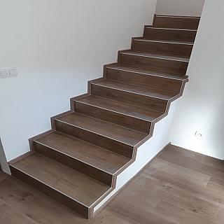 Obklad schodů 2