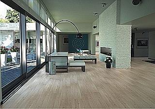 pokládka laminátové podlahy 1