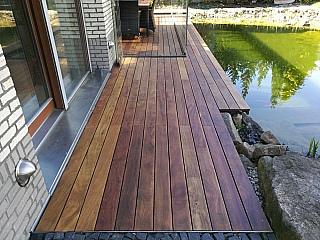 pokládka dřevěné terasy 2