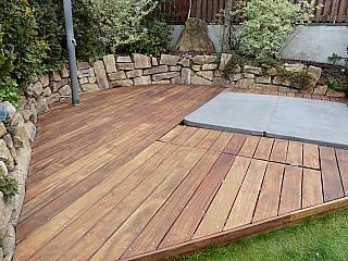 pokládka dřevěné terasy 4